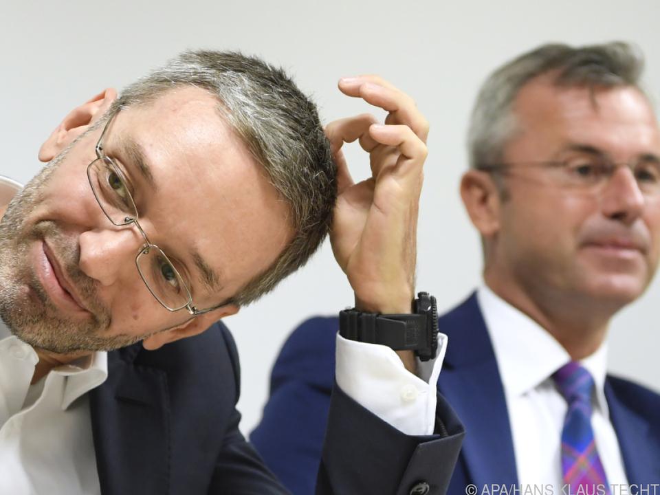 FPÖ-Klubobmann Kickl mit dem zurückgetretenen Parteichef Hofer