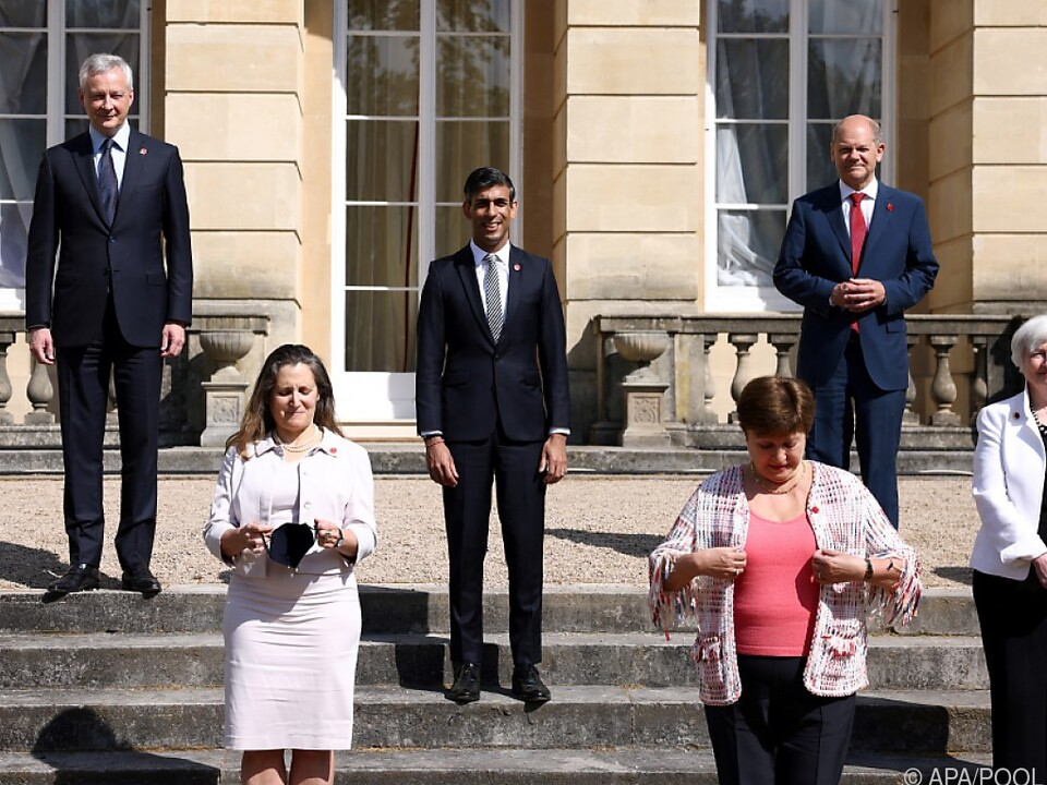 G7-Finanzminister in London: 15 Prozent Mindeststeuer