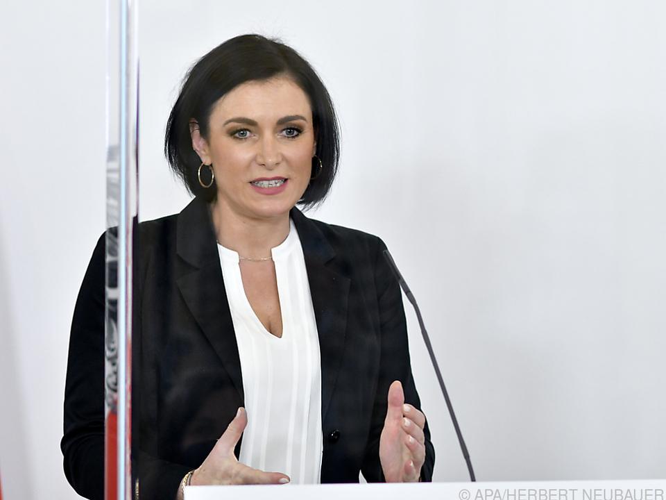 Landwirtschaftsministerin Köstinger: Verhandlungen \