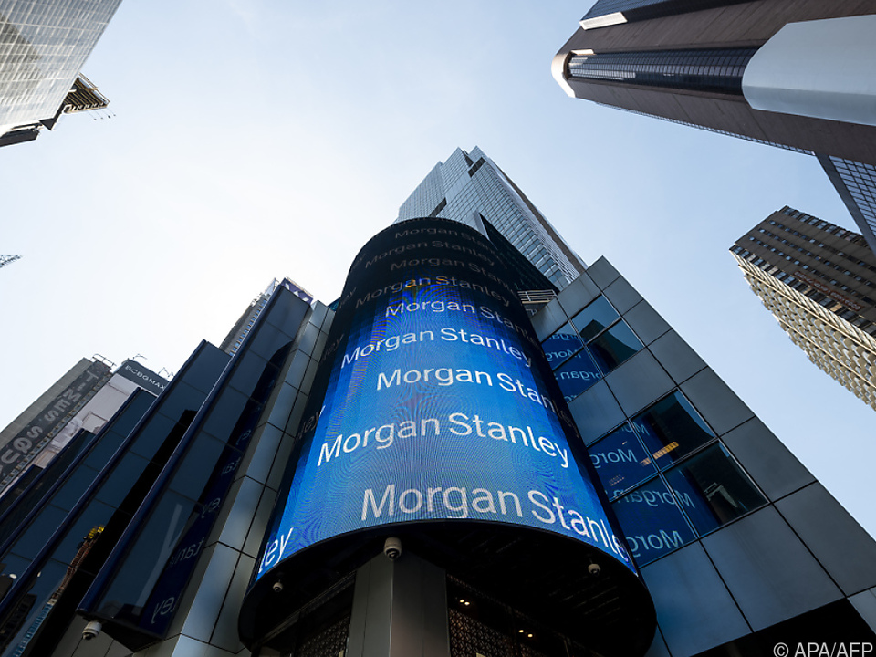 Morgan Stanley und Wells Fargo wollen Dividenden verdoppeln