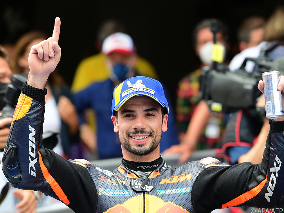 Oliveira bejubelt MotoGP-Sieg in Barcelona