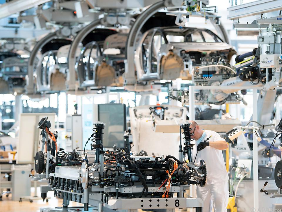 Produktionsausfall von bis zu vier Mio. Fahrzeugen in Europa erwartet