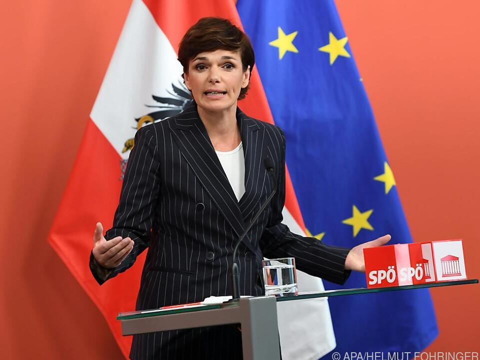 Rendi-Wagner will heimische Wirtschaft ankurbeln