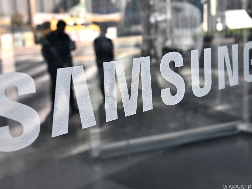Samsung-Handys verdrängen Apple vom Spitzenplatz