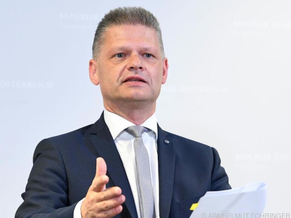 StA Linz prüft Anzeige von VP-Hanger wegen Schmid-Chats