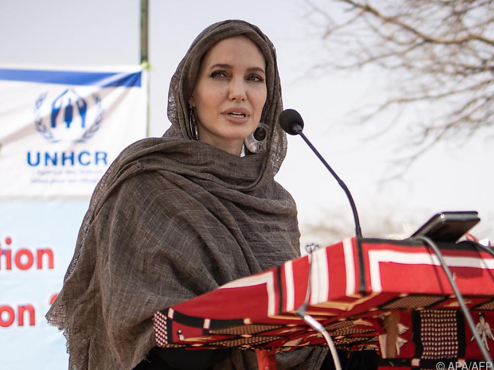 UNHCR-Botschafterin Jolie im Flüchtlingslager Goudébou