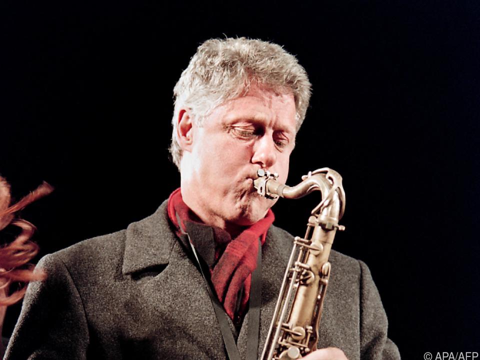 Auch das Saxofon des früheren US-Präsidenten Bill Clinton ist dabei