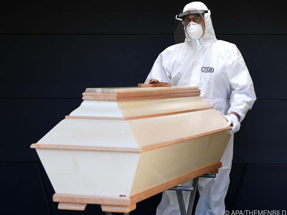 Bereits 4 Millionen Corona-Tote weltweit
