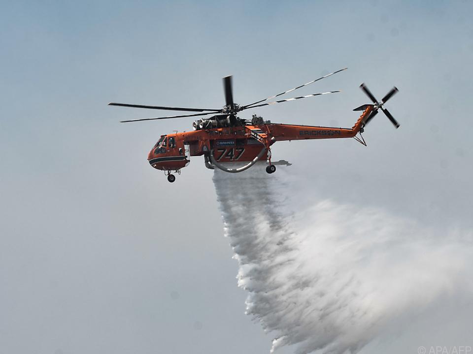 Brandbekämpfer im Dauereinsatz