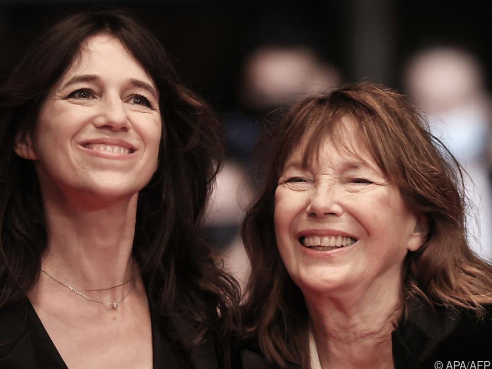 Charlotte Gainsbourg neugierig auf ihre Mutter Jane Birkin