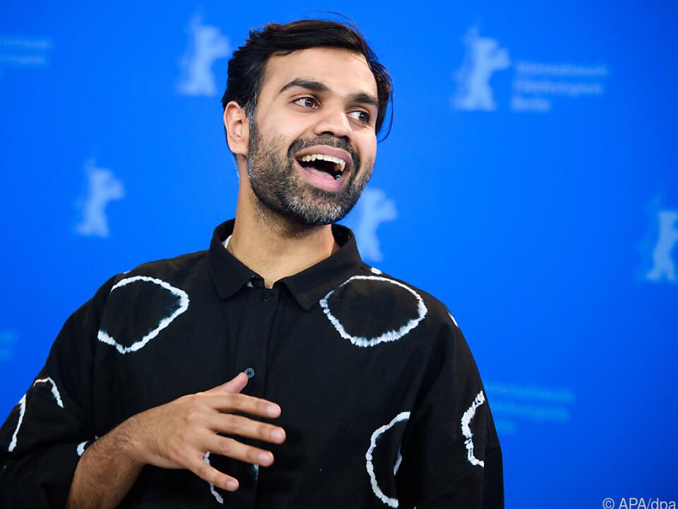 Der in Pakistan geborene US-Regisseur steht in Verhandlungen