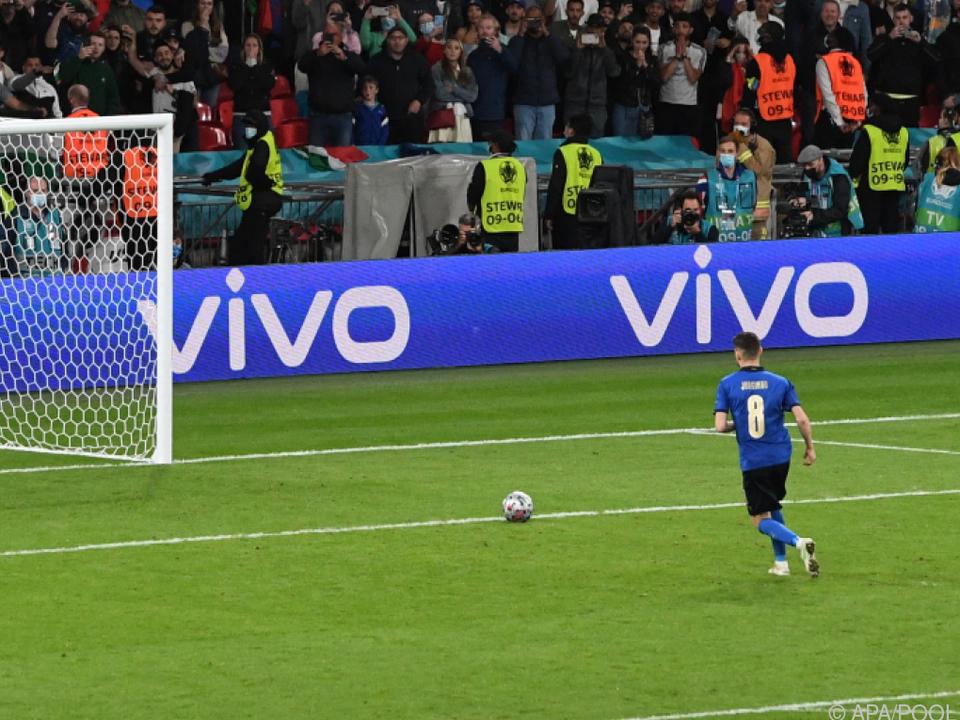 Die Entscheidung: Jorginho rollt Ball seelenruhig ins Tor