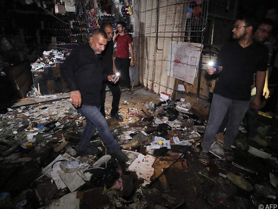 Ein Selbstmordattentäter sprengte sich in Sadr City in die Luft