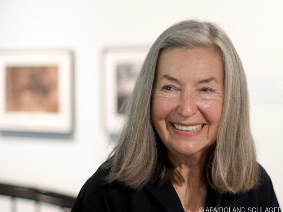 Elfie Semotan hat zum 80. Geburtstag gut lachen