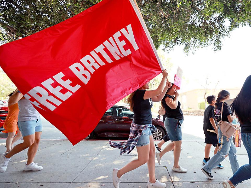 Fans machen sich für Britney Spears stark