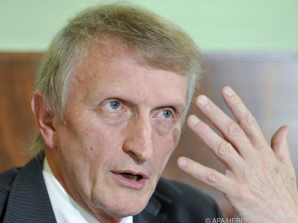 Hans Sünkel fordert vom Kanzler eine Korrektur