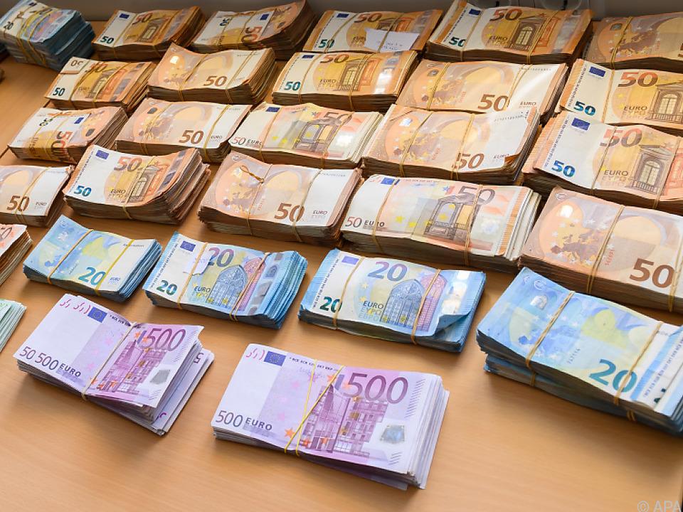 Im Kampf gegen Geldwäsche will die EU Bargeldobergrenzen einführen