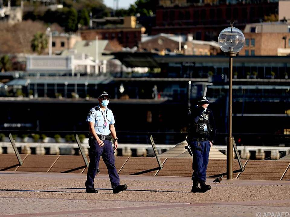 Lockdownverlängerung und Masken auch im Freien