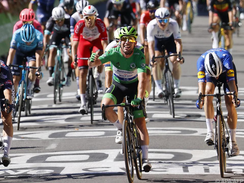 Mark Cavendish jubelt über seinen 34. Rekord-Etappensieg bei der Tour de France