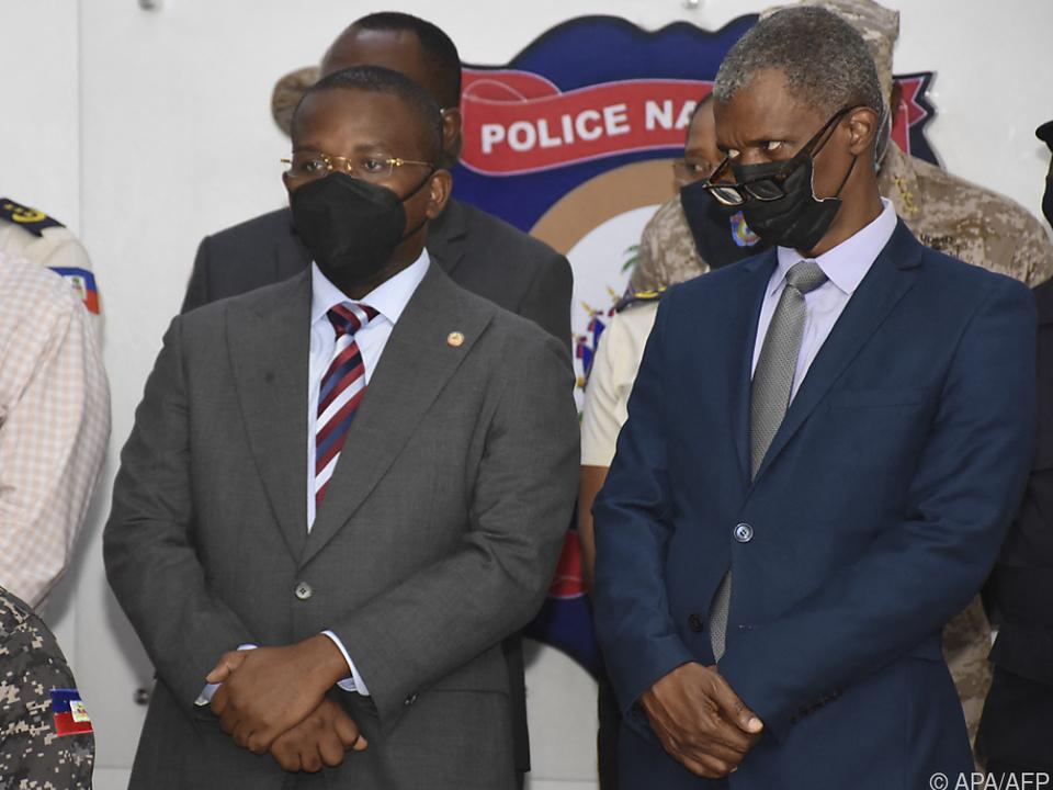 Mehrere Konkurrenten für Haitis Interimspräsident Claude Joseph (l.)