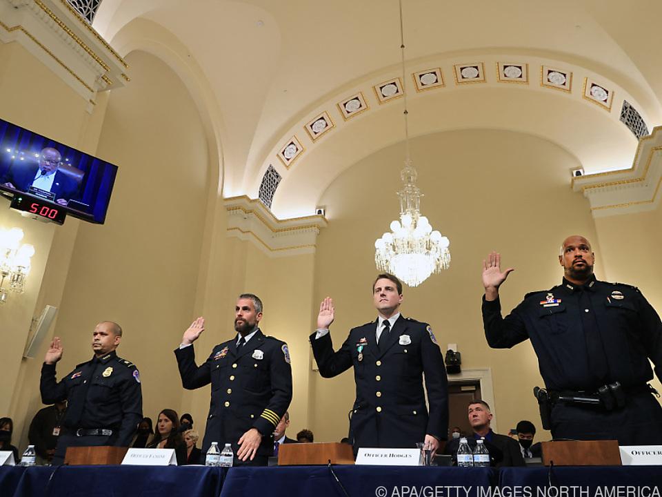 Polizisten fürchteten beim Sturm aufs Kapitol um ihr Leben