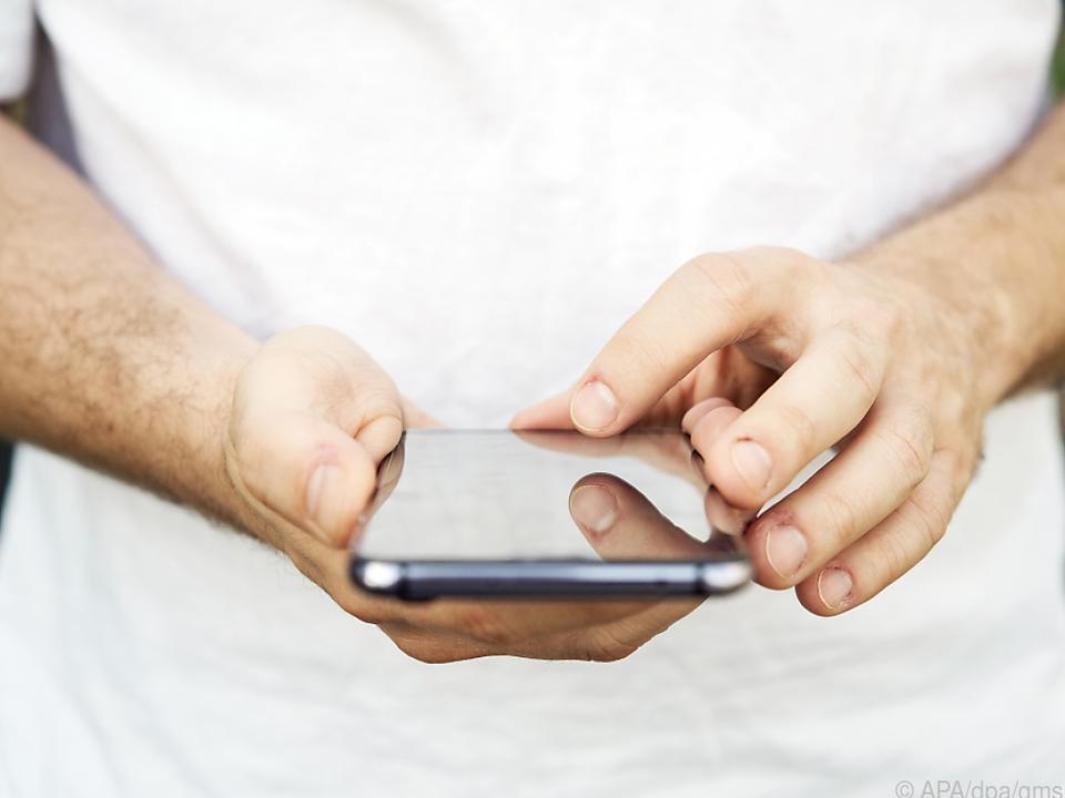 SMS sorgfältig prüfen, bevor man auf einen Link klickt