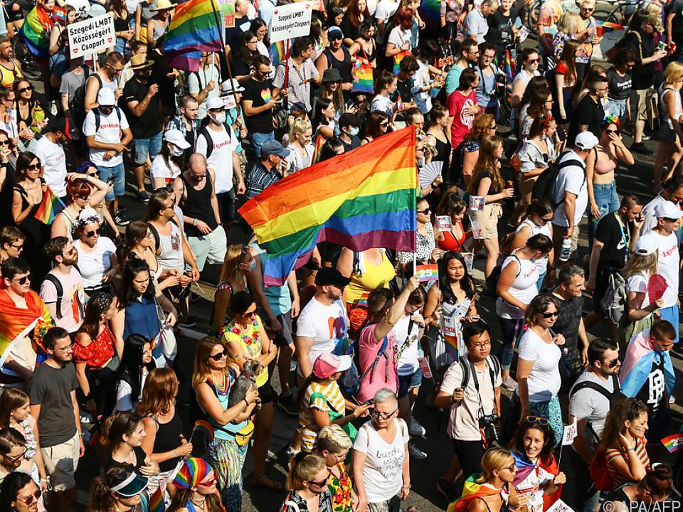 Tausende bei Pride-Marsch in Budapest