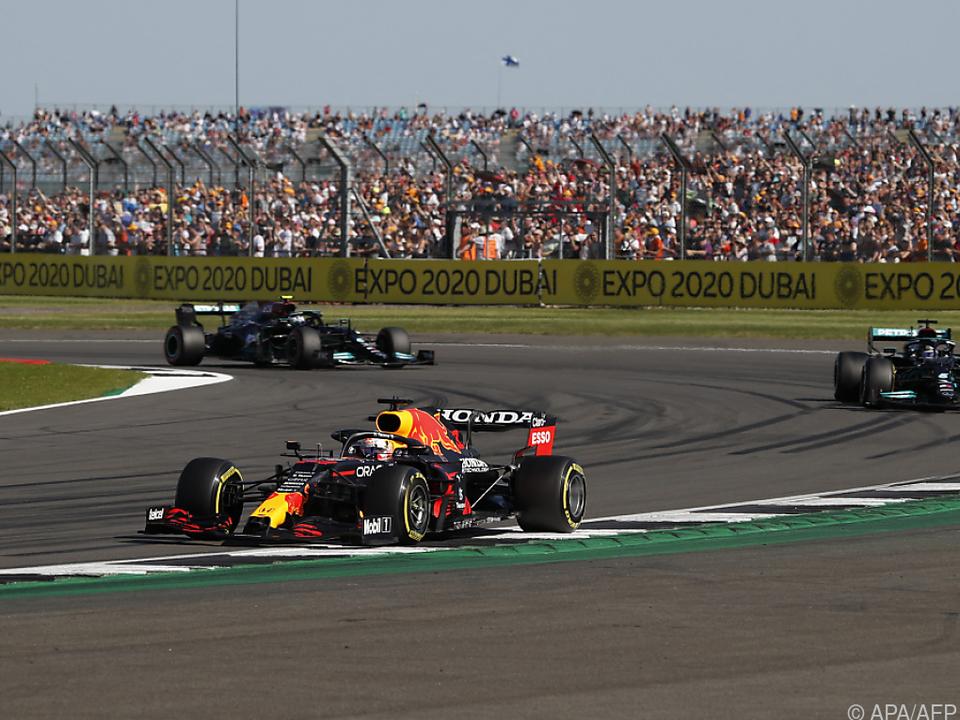Verstappen fuhr Hamilton nach dem Startsignal davon