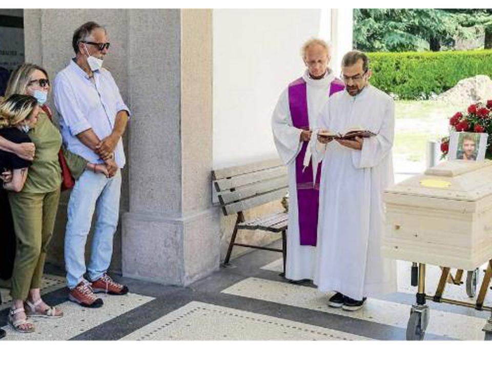 aa-Maxim-Zanella-Beerdigung