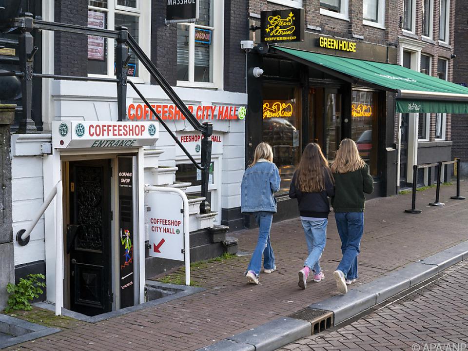 Amsterdam-Touristen kommen oft auch, um Marihuana zu konsumieren