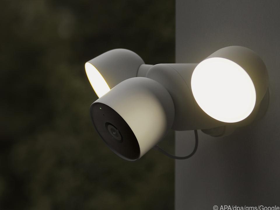 Von Google Nest gibt es künftig auch eine Smarthome-Außenkamera mit Flutlicht