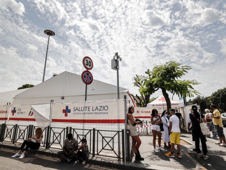 Una veduta esterna dell' hub vaccinale alla Stazione Termini, Roma 1 Agosto 2021. Il centro elaborazioni dati della Regione Lazio ha subito un attacco hacker.  athesiadruck2_20210801182803477_2173f953df0c6d9971e40a206825f16e