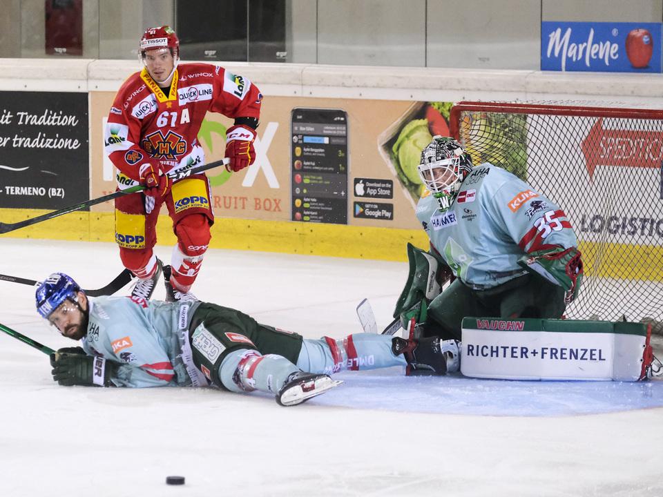 Biel (red)_vs_Augsburg_Dolomitencup2021
