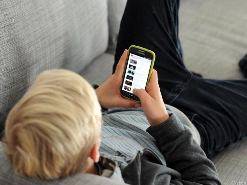 Das Smartphone gewinnt weiterhin an Bedeutung bei den Jugendlichen