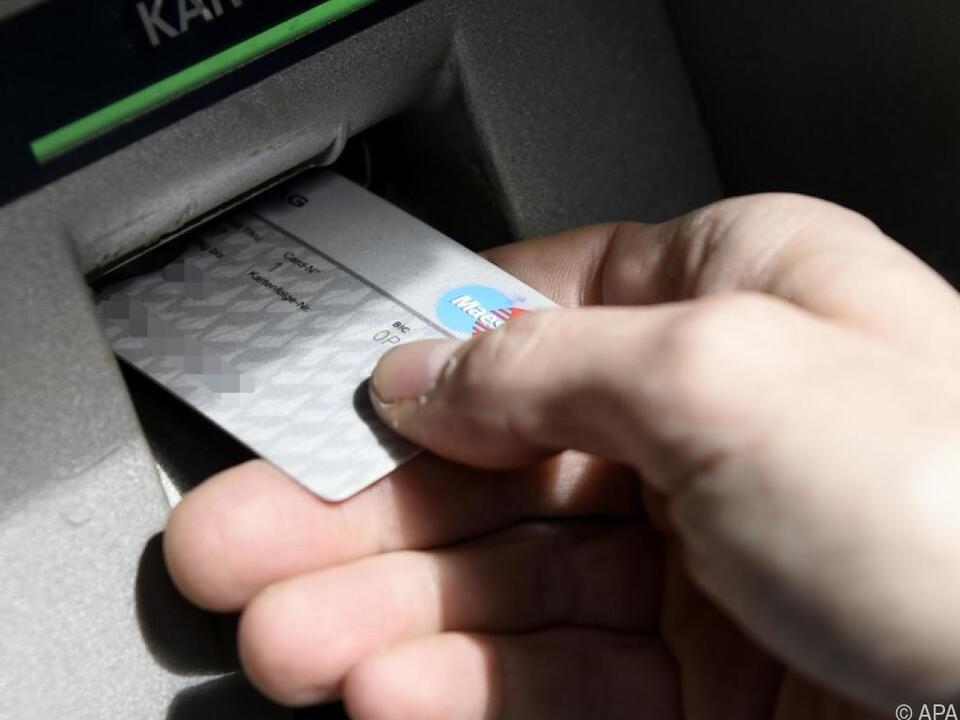 Die Bankomatkarten der Österreicher glühen