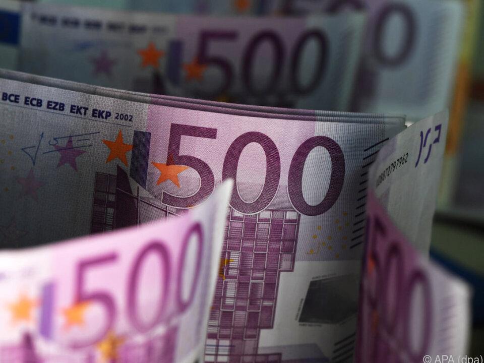 Die EU-Kommission strebt eine EU-weite Grenze für Bargeldzahlungen an