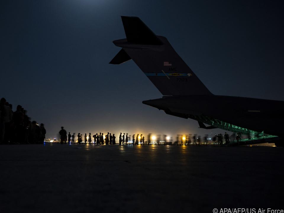 Die Lage am Flughafen ist weiter angespannt