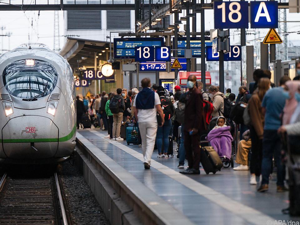 Die Züge fahren wieder