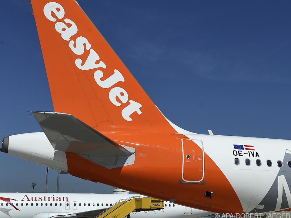 easyJet-Heck auf dem Flughafen Wien-Schwechat