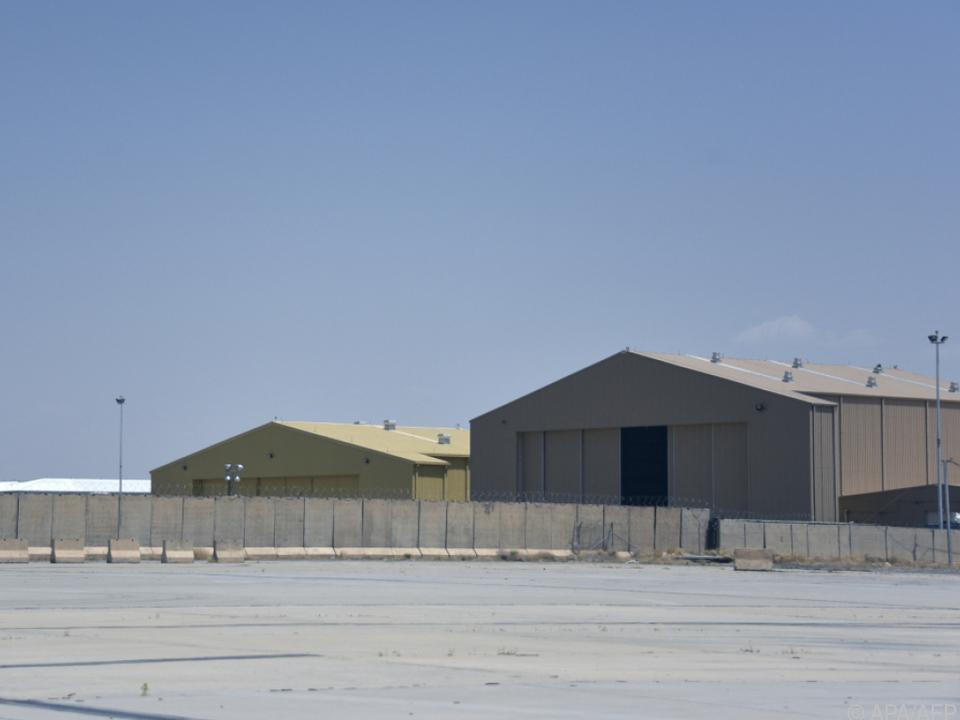 Eine verlassene Militärbasis auf dem Flughafen Kandahar
