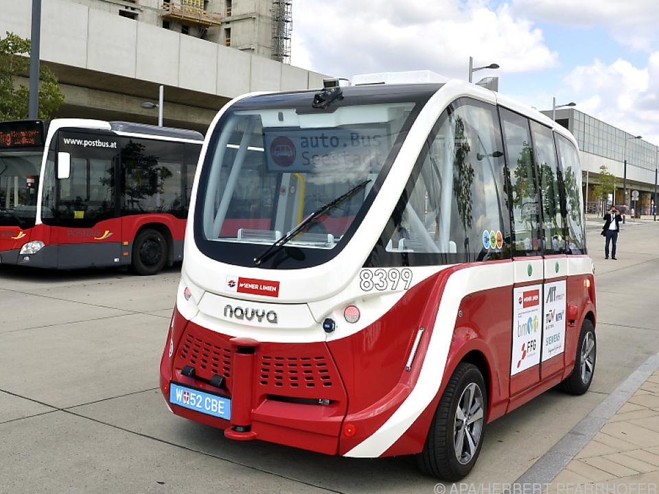 Für den öffentllichen Verkehr sind autonom fahrende Busse ein Thema