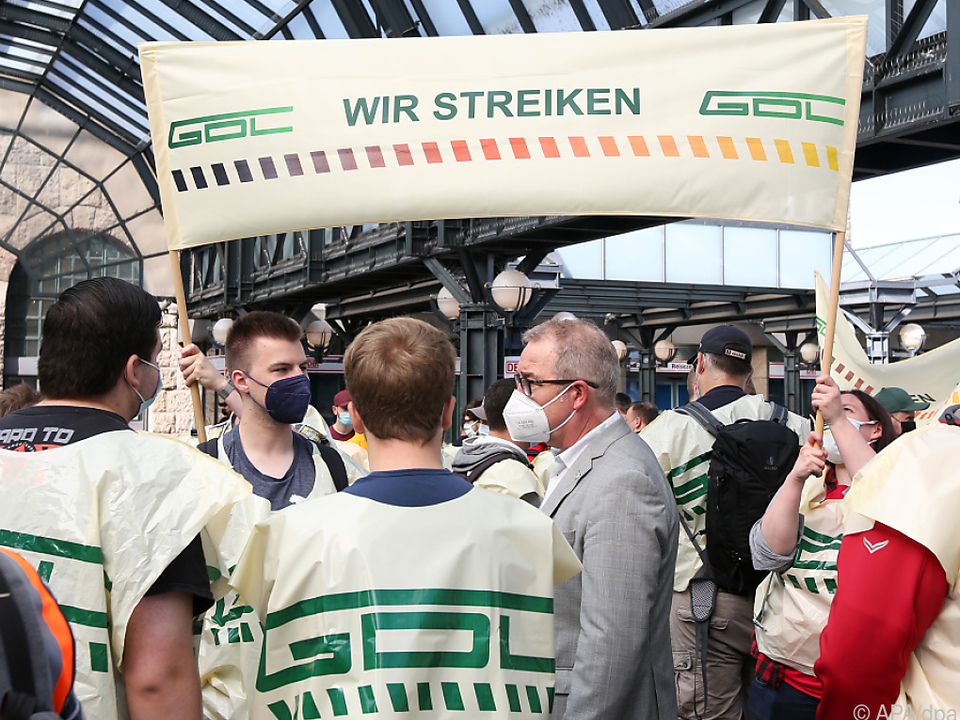 GDLStreik legt Großteil des Zugverkehrs in Deutschland lahm
