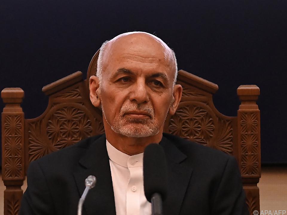 Ghani muss dem Druck der Taliban weichen