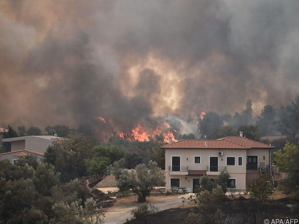 In Griechenland wüten weiter zahlreiche große Waldbrände