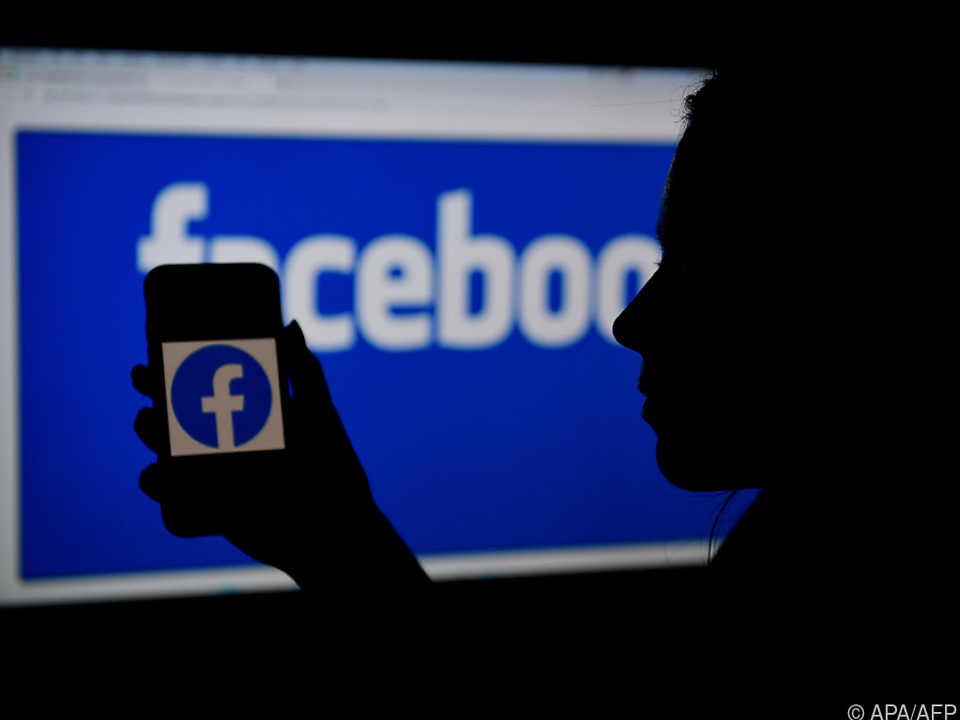 Kartellbehörde sieht zu hohe Marktmacht von Facebook