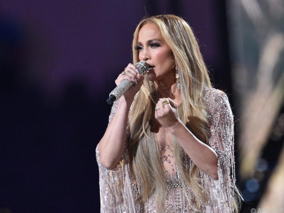 Latina-Star Jennifer Lopez (52)