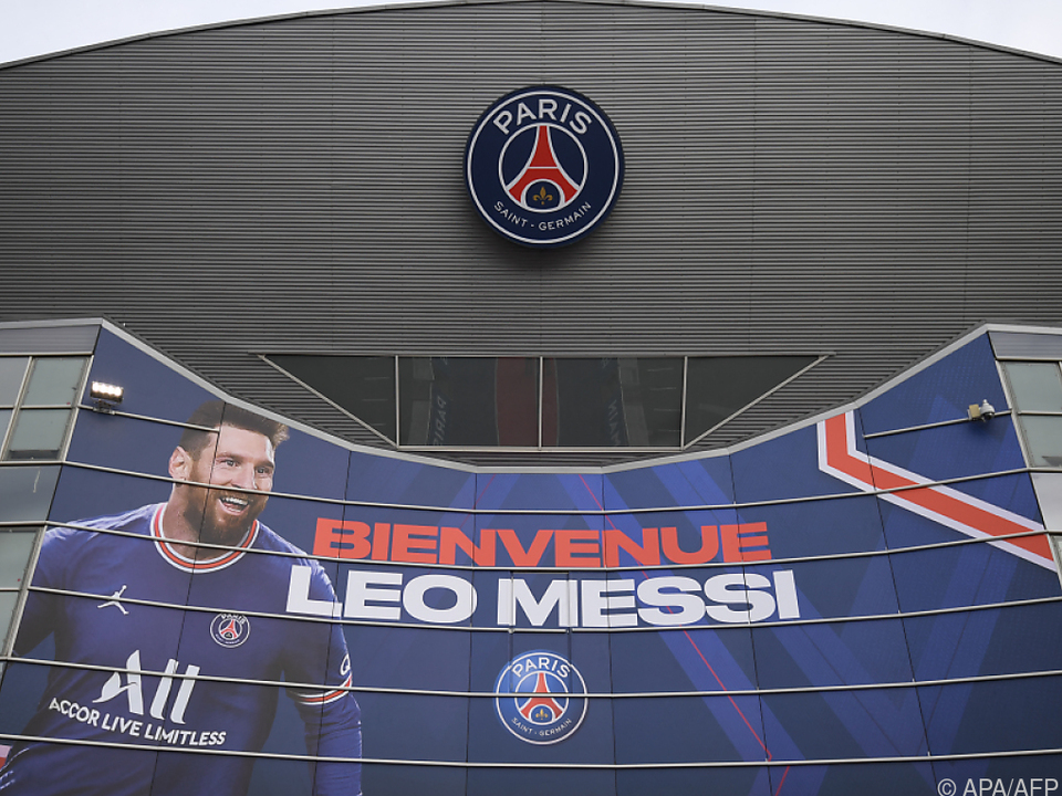 Messi wird in Paris willkommen geheißen