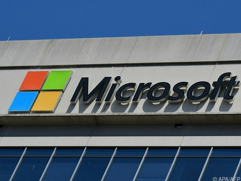 Microsoft streitet mit Amazon um Auftrag über 10 Mrd. Dollar