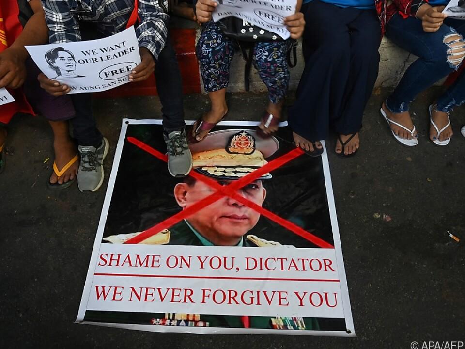 Militärmachthaber ist für viele Bewohner Myanmars ein Feindbild