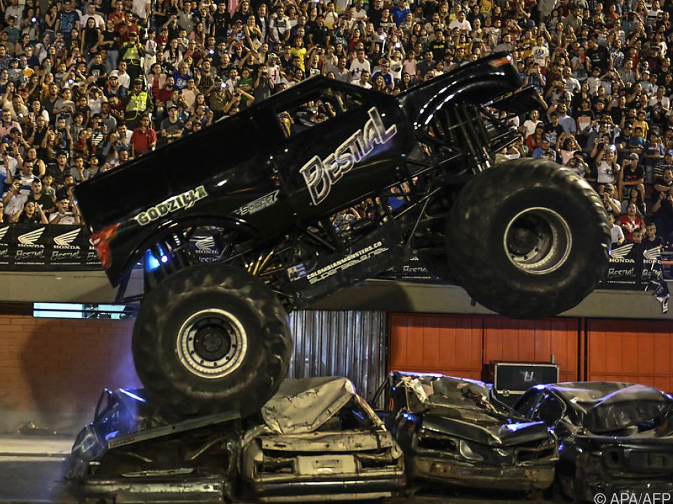 Monster Truck Godzilla - Nichts für die normale Straße